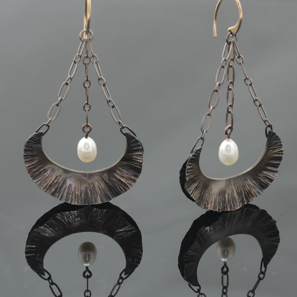 Bronze Floral Earrings w/Pearl & Chain